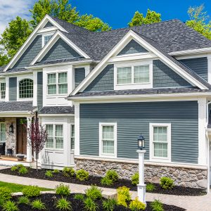 What Are the Pros and Cons of Hardie Board Siding?